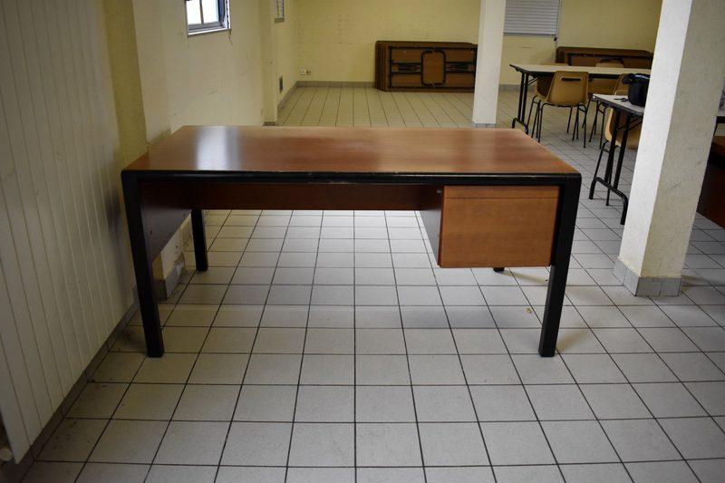 Bureau bois bureau d occasion aux enchères agorastore