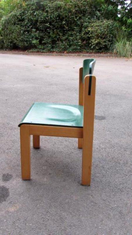 chaise enfant hauteur assise 34 cm coloris vert mobilier scolaire d 39 occasion aux ench res. Black Bedroom Furniture Sets. Home Design Ideas