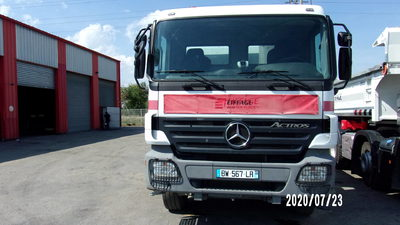 CAMION 8X4 BENNE - MERCEDES - ACTROS 4144 - 2007 / 323882KM (M5991 / BW-567-LR)