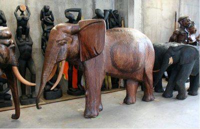 """Image du produit: """"Grand Eléphant"""" Statue originale en bois"""