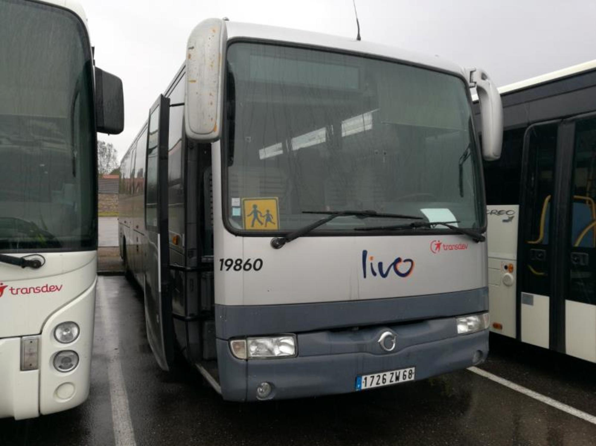irisbus iliade 19860 car bus d 39 occasion aux ench res agorastore. Black Bedroom Furniture Sets. Home Design Ideas