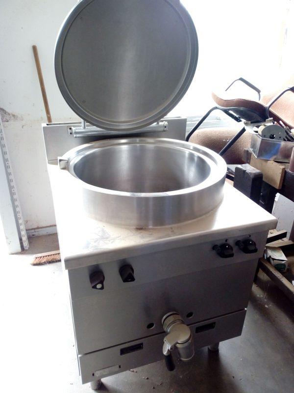 e9ad175e201690 Marmite à gaz - 150 litres - Equipement de cuisine d occasion aux ...