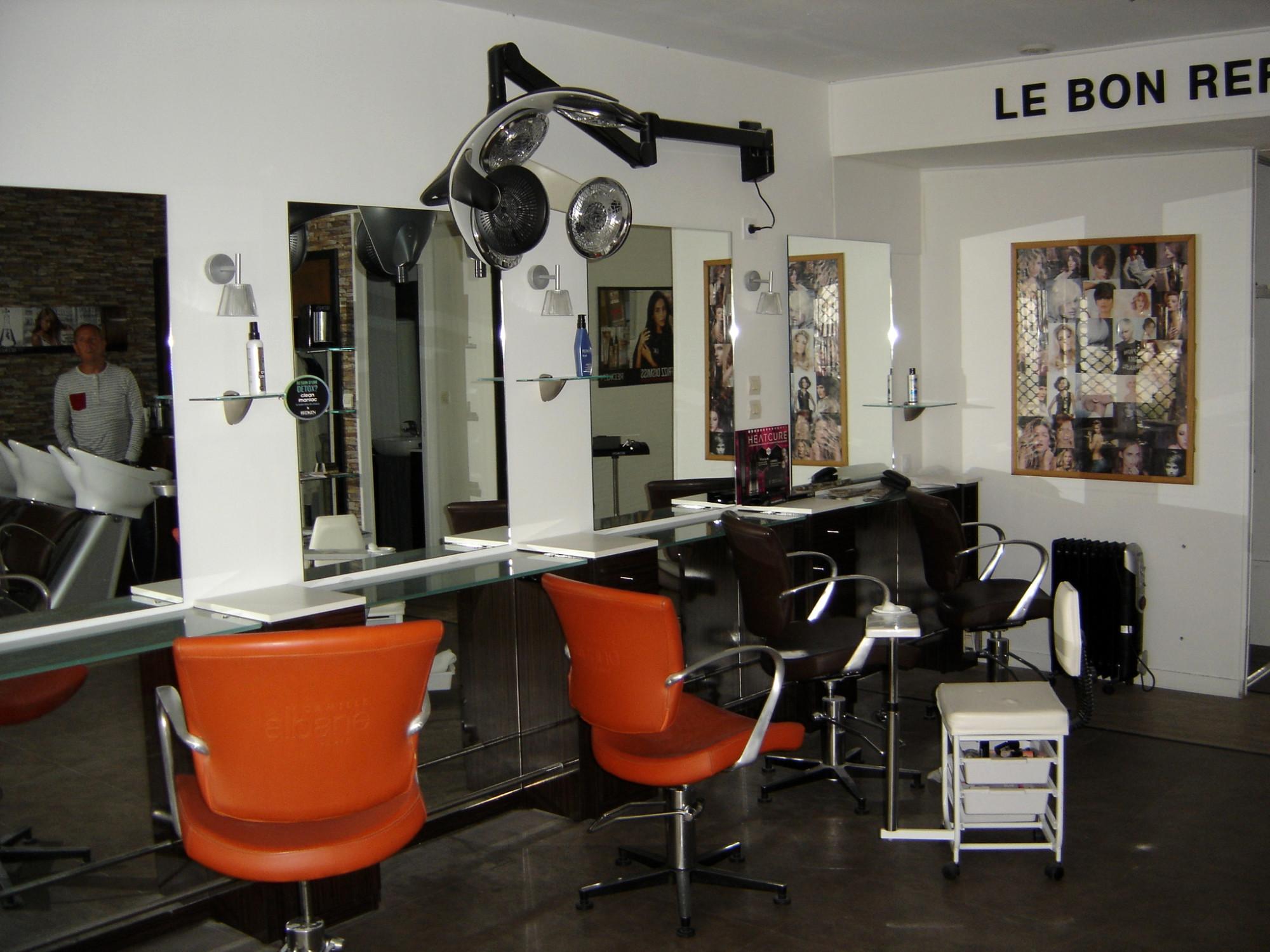 Great Mobilier Salon De Coiffure Complet Occasion