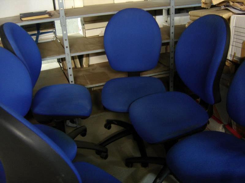 Fauteuil Chaise Tres Bon De Etat Bleue Bureau D'occasion f7vyI6gmYb